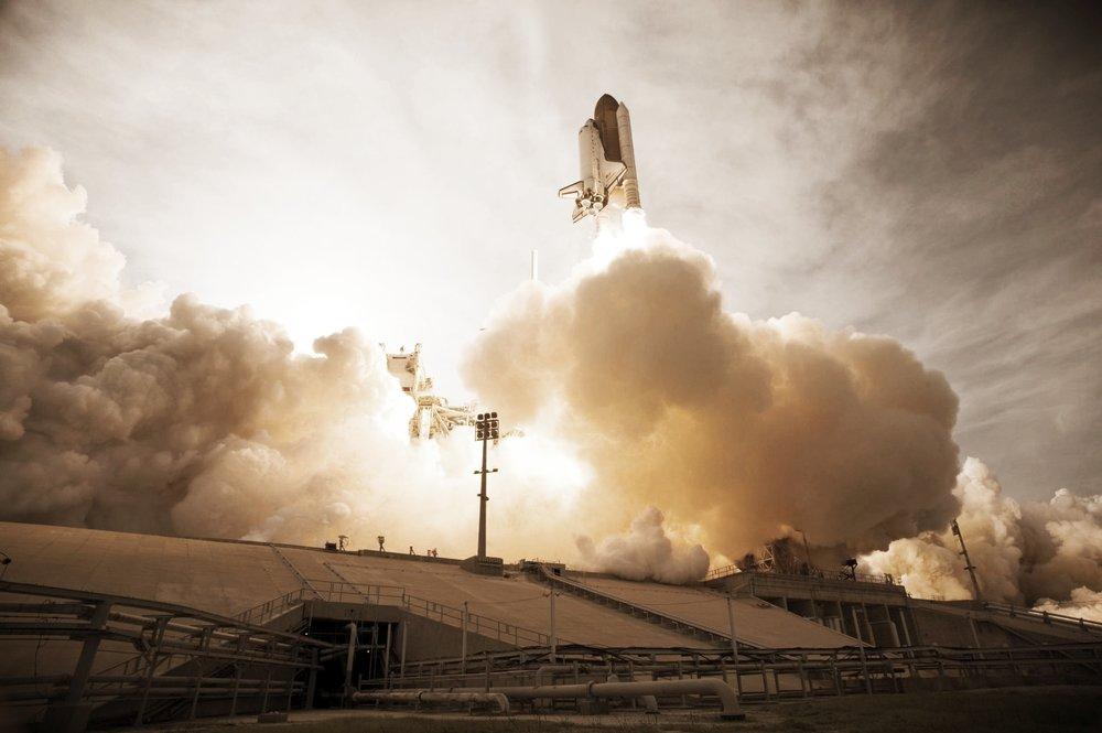 space-shuttle-lift-off-liftoff-nasa.jpg