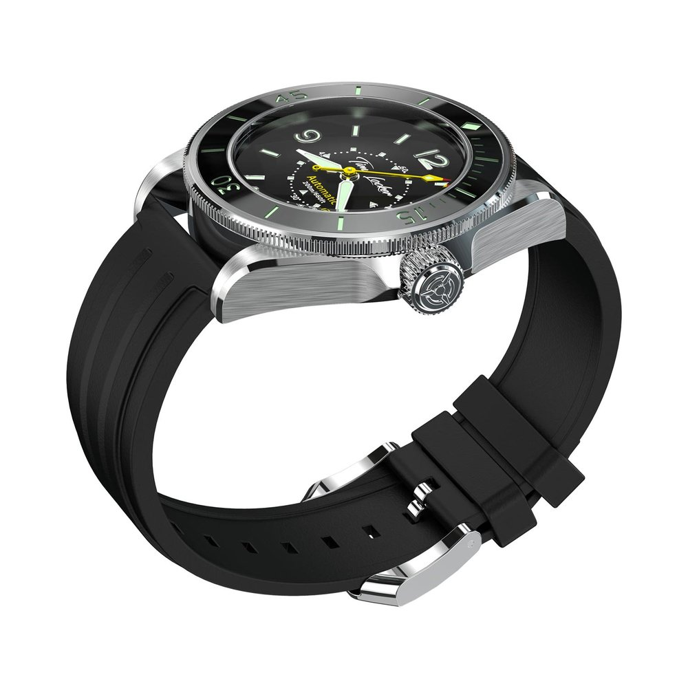 Time Locker dive watch Kouriles with black dial | rubber strap | side view