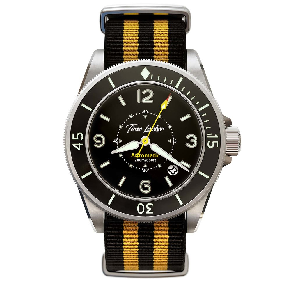 Diving watch Kouriles by Time Locker | black dial NATO strap