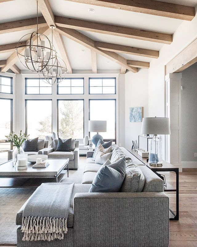 The best and most beautiful things in the world cannot be seen or even touched - they must be felt with the heart. 💙 Helen Keller . . Sunday feelings. Have a beautiful one, friends. . . 📷 | @kellikroneberger  design | @ktmarshalldesign  builder | @brannenhomes