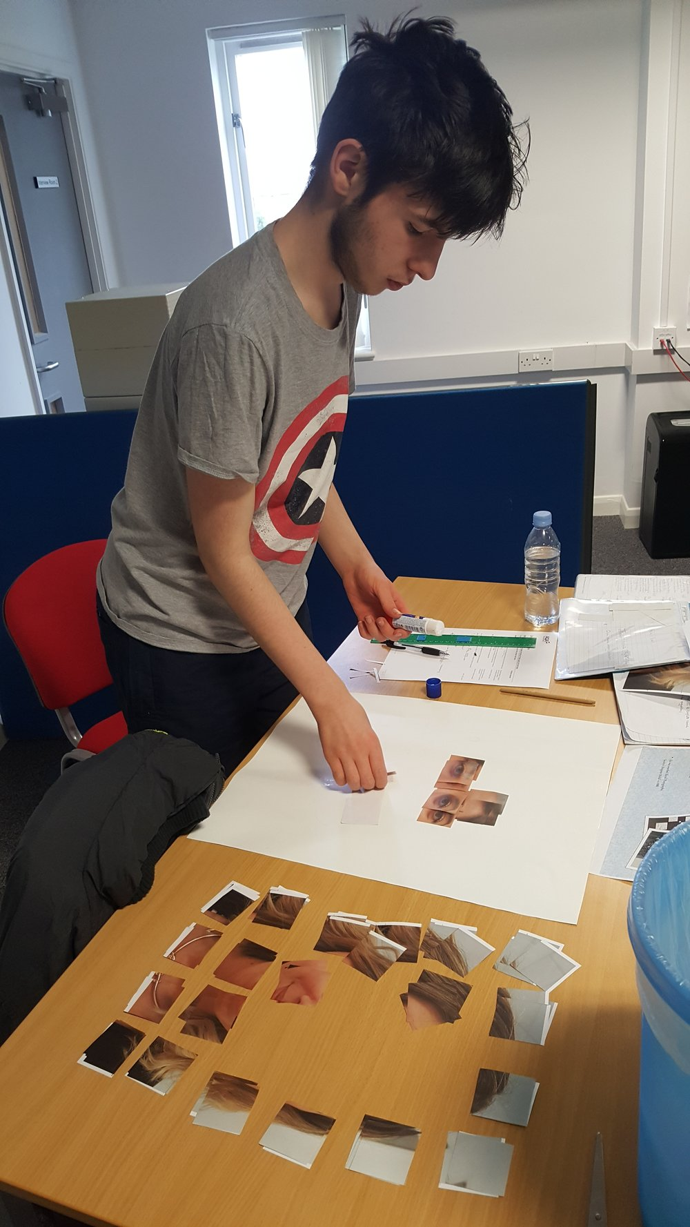 Lee using photography as his motivation - planning his distorted image.