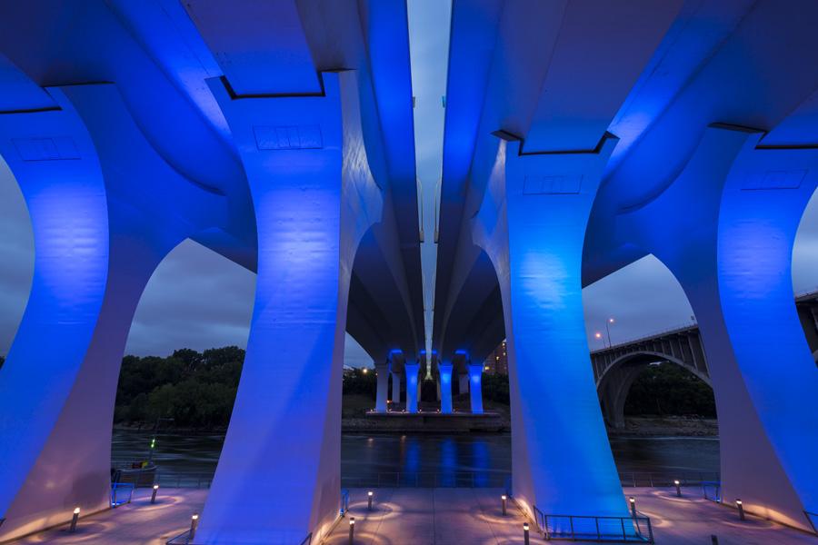 I-35W_Saint_Anthony_Falls_Bridge__Mississippi_RiverMinneapolisminnesotaUSA.jpg