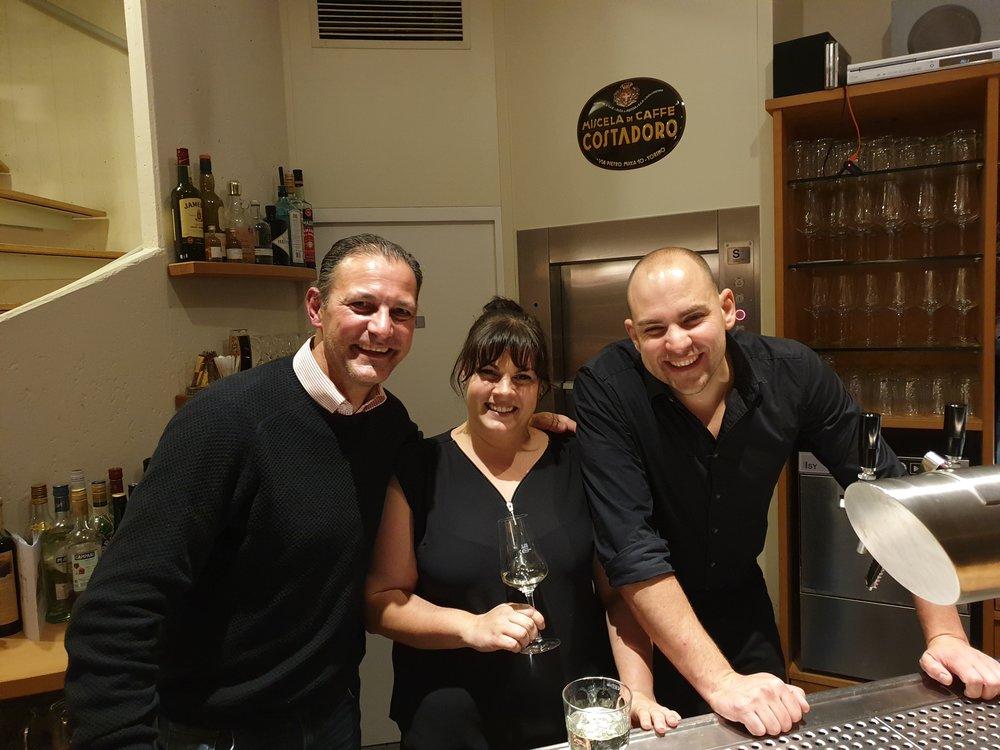 Barkeeper Rainer zu Besuch im Fünf Bäuerlein