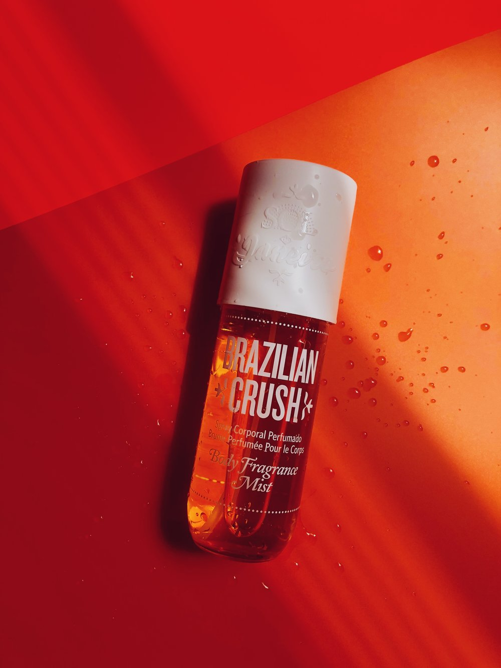 I HEARD ABOUT THE   BRAZILIAN CRUSH BODY FRAGRANCE MIST BY SOL DE JANEIRO   A VLOG AND I HAD TO TRY! FIRST OF ALL, THE WHOLE LOOK JUST SPEAKS TO ME, I LOVE THE COLOR AND THE WHOLE SUMMER VIBE. AND SECOND (AND FAR MORE IMPORTANT) - THE SMELL IS JUST WOW! I'M INTO VERY SWEET SCENTS AND THIS IS MIX OF PISTACHIO AND SALTED CARAMEL IS EVERYTHING! IT'S SUPER SWEET BUT NOT TOO SWEET AND I PREFER IT SO MUCH OVER A PERFUME IN SUMMER. IT JUST FEELS WAY LIGHTER AND I SPRITZ MY WHOLE BODY WITH IT TO FEEL EXTRA FRESH. - J