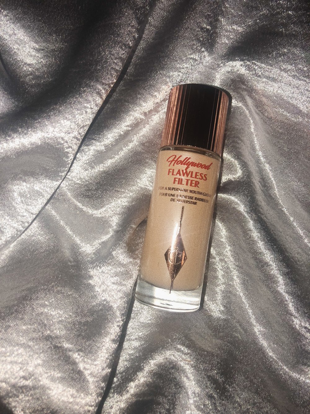 IF YOU WANT TO HAVE A DEWY COMPLEXION, THE   CHARLOTTE TILBURY FLAWLESS    FILTER  IS THE PRODUCT YOU WANNA USE. I USE IT JUST BY ITSELF OR BEFORE I APPLY A THIN LAYER OF MAKE UP. IT MAKES THE SKIN LOOK SO SO BEAUTIFUL, IT'S A DREAM. I WEAR SHADE 3.. - J