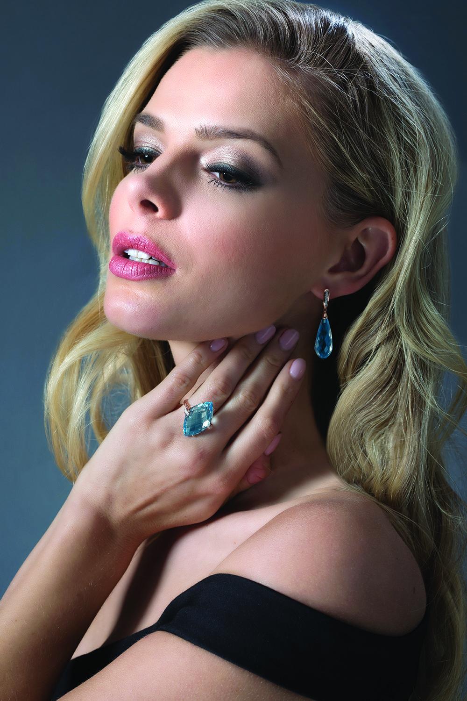 Stauer Jewelry- Danielle Knudson