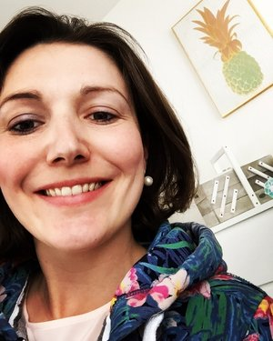 Lisa-Britt Fischer - - Gründerin von Pink Sustainability- Powerfrau und Mama- Nachhaltigkeitsexpertin- Weltretterin