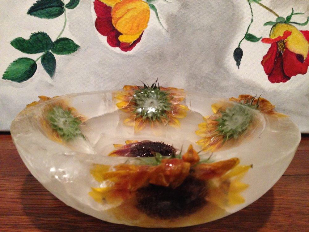 edible_flower_ice_bowl_1.jpg