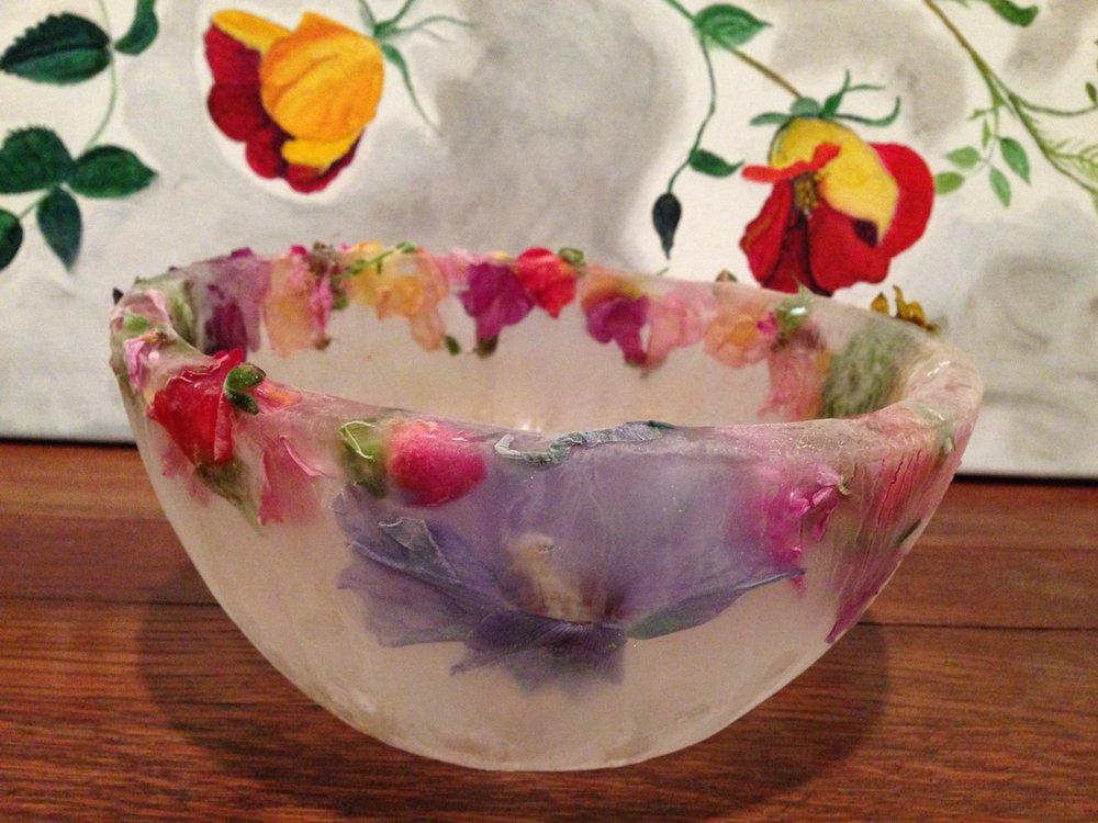 edible_flower_ice_bowl_2.jpg