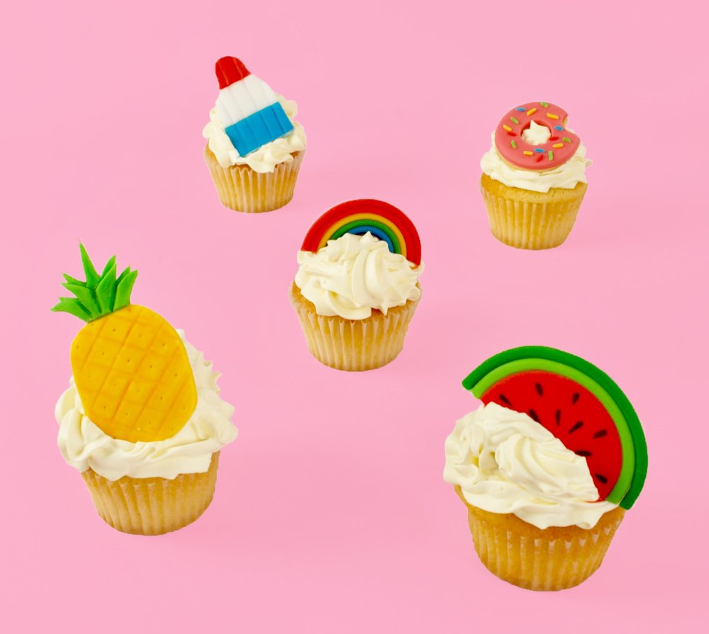 DSC_0477.jpgDIY Summer Fun Cupcake Toppers