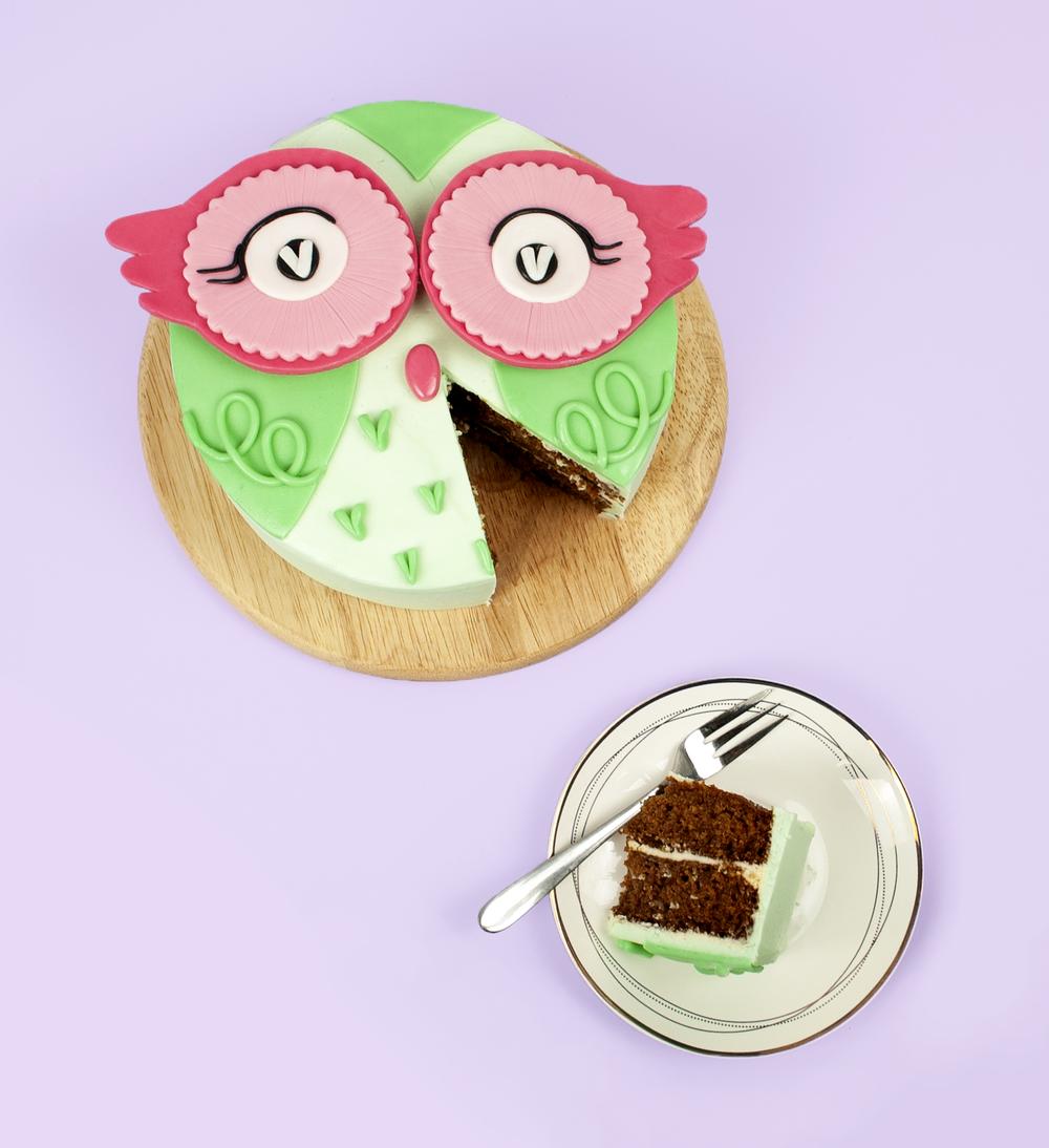 diy cute green owl cake — icing insight