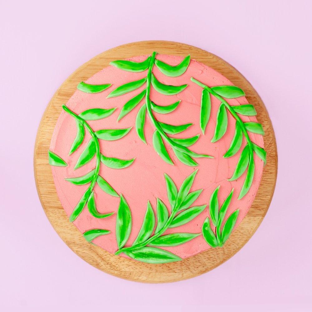 Bang on Trend Leaf Pattern Cake