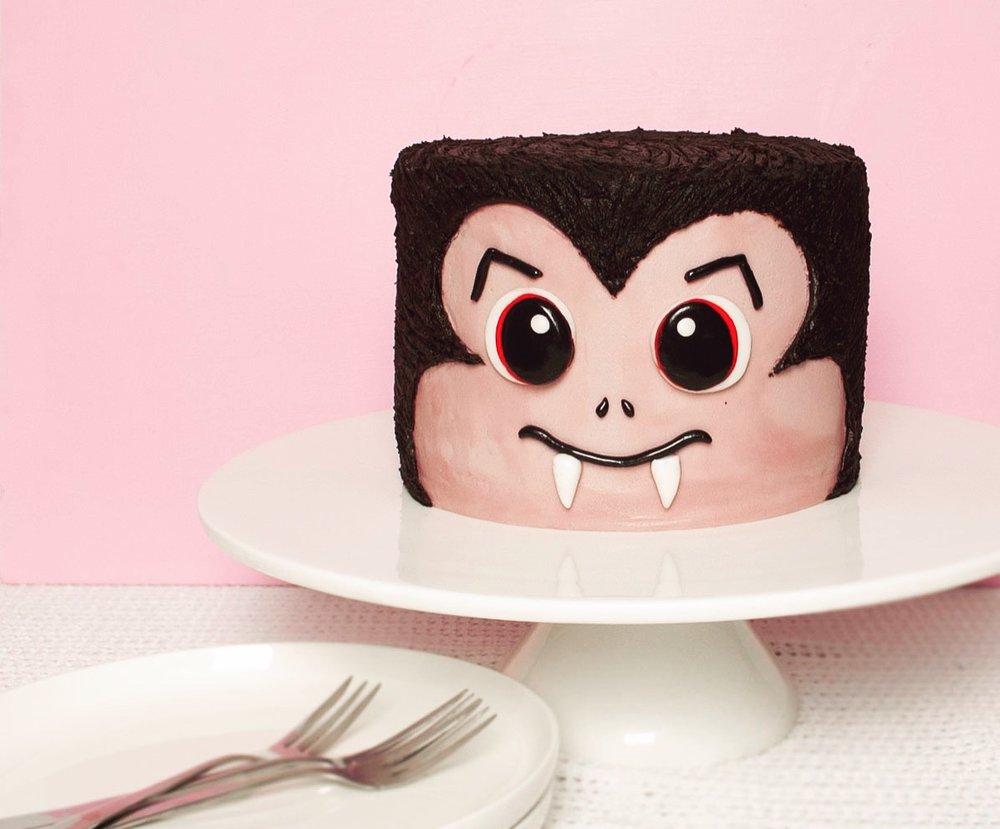 Spook-tacular DIY Vampire Cake