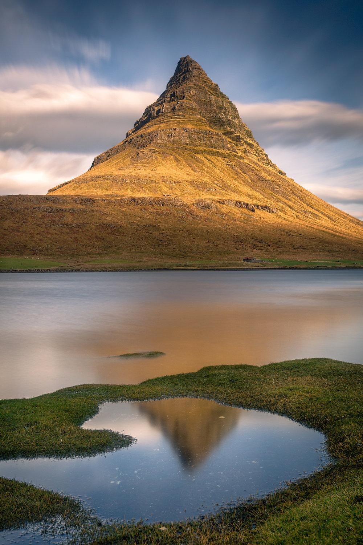 IcelandicPyramid_FBed.jpg