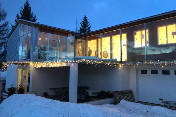 Iceland-Wellness-center-winter.jpg