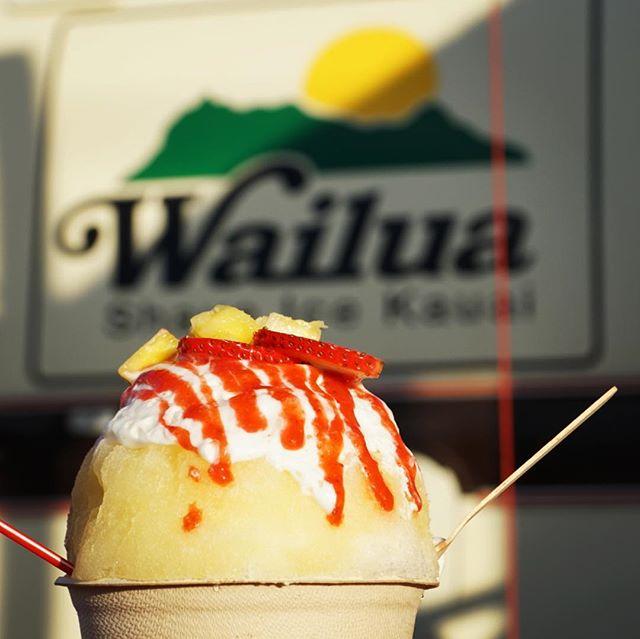 Life-changing Shave Ice. Haupia foam lava flow. 🤤#shaveice #wailua