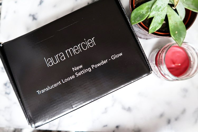 Laura Mercier Loose Setting Powder - GLOW {VoxBox} {Review} -Cking ...
