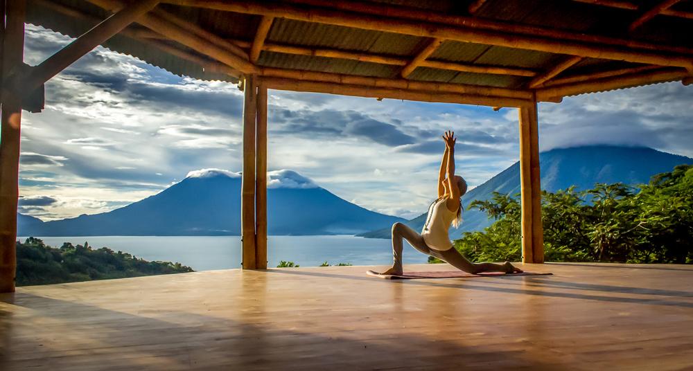 kula-collective-yoga-teacher-training-200-HR-bali-yoga-students.jpg
