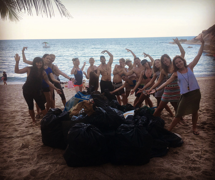 Kula Karma Day - Beach clean up with the 200 HR Students in 2017!