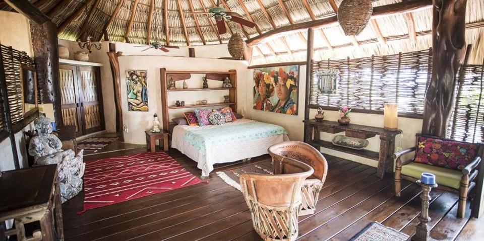 kula-collective-ytt-mexico-joy-room.jpg