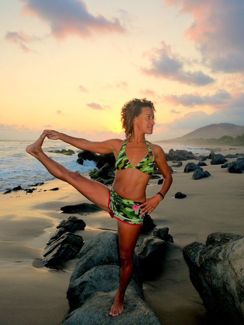 kula-collective-yoga-teacher-training-mexico-200-hr-beach-yoga.jpg