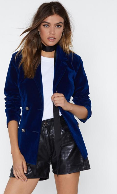SS 19 Trends- Unconventional Suiting Velvet Blazer