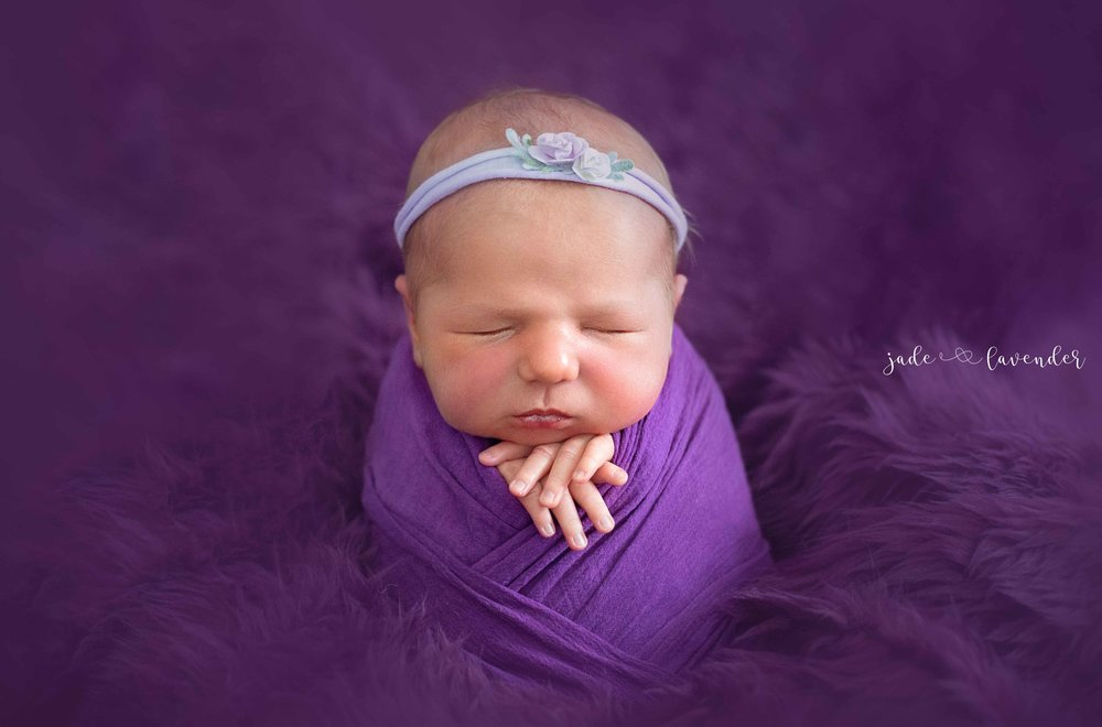 Newborn-photos-baby-photoshoot-spokane-washington-cute-potato-sack.jpg