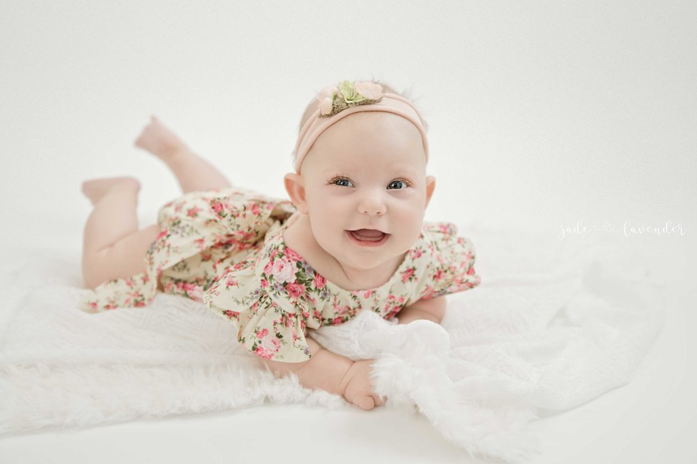 baby-photos-milestone-session-cute-infant-photography.jpg