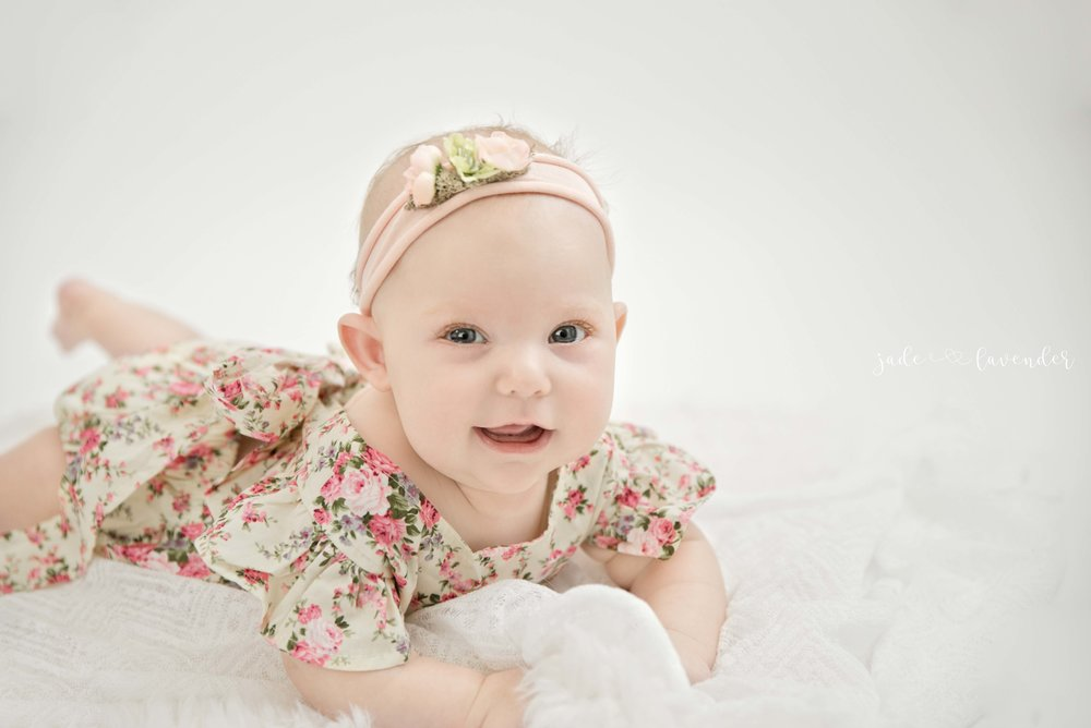 baby-picture-ideas-cute-girl-white-images.jpg