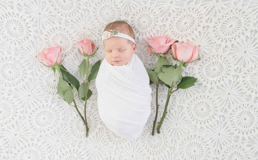 baby-images-infant-photos-photogrpahy-professional-newborn-photoshoot-local-spokane-washington (2 of 6).jpg