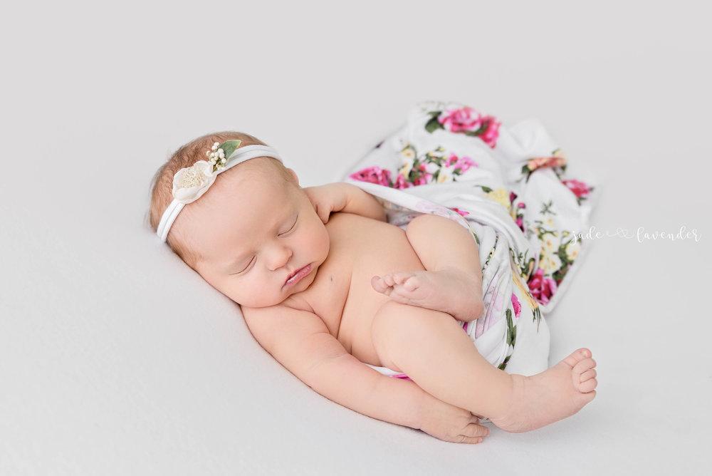 infant-photos-cute-newborn-baby-photoshoot-spokane-washington.jpg
