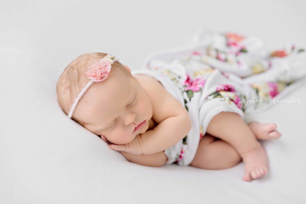 floral-newborn-photos-baby-images-amazing-spokane-washington.jpg