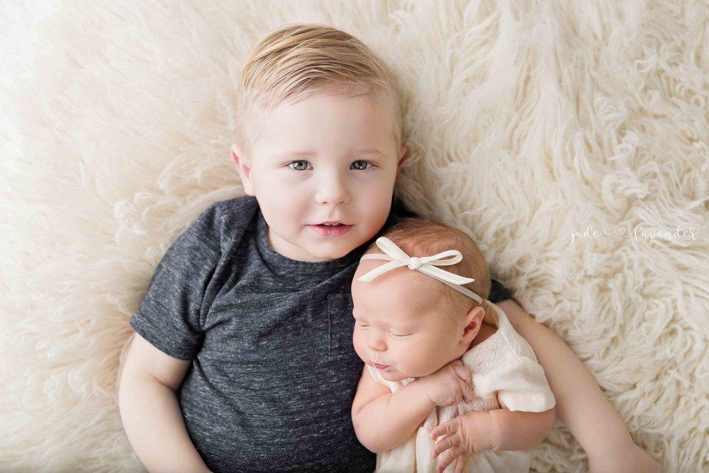newborn-family-photos-baby-images-infant-photoshoot-spokane-washington.jpg