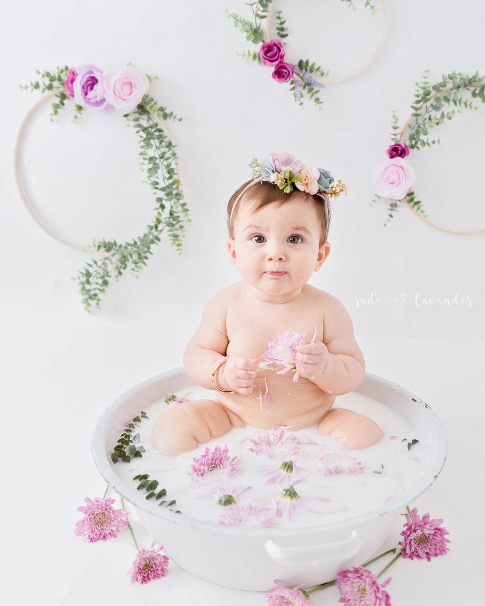 milestone-photos-milk-bath-session-infant-photography-baby-images-spokane-washington.jpg