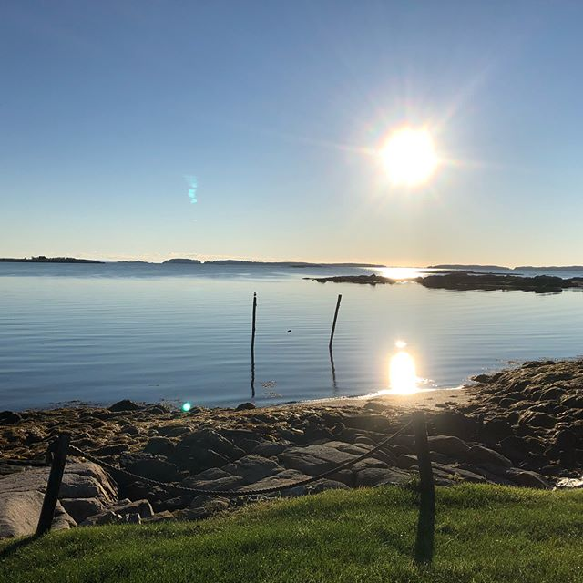 Beautiful fall morning in Maine!