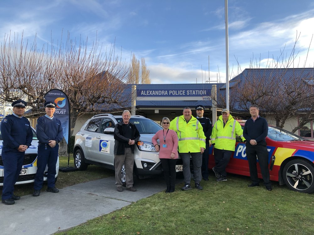 Alexandra Community Patrol with their new patrol vehicle