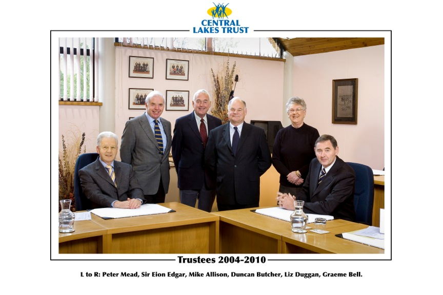 Former Trustees_3 2004-2010.png