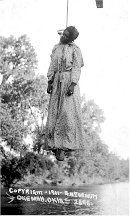Lynching_of_Laura_Nelson,_May_1911 2.jpg