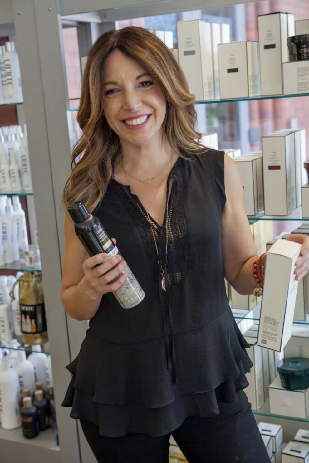 Lisa A. - Specializes in:Hair Color, Hair Extensions/Weaves, Thick, Coarse Textures, Natural looking sun kissed hair, Balayage