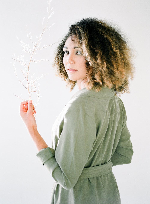 Minimal-Organic--Wholistic-Brand-Workshop-Promotional-Shoot171.jpg