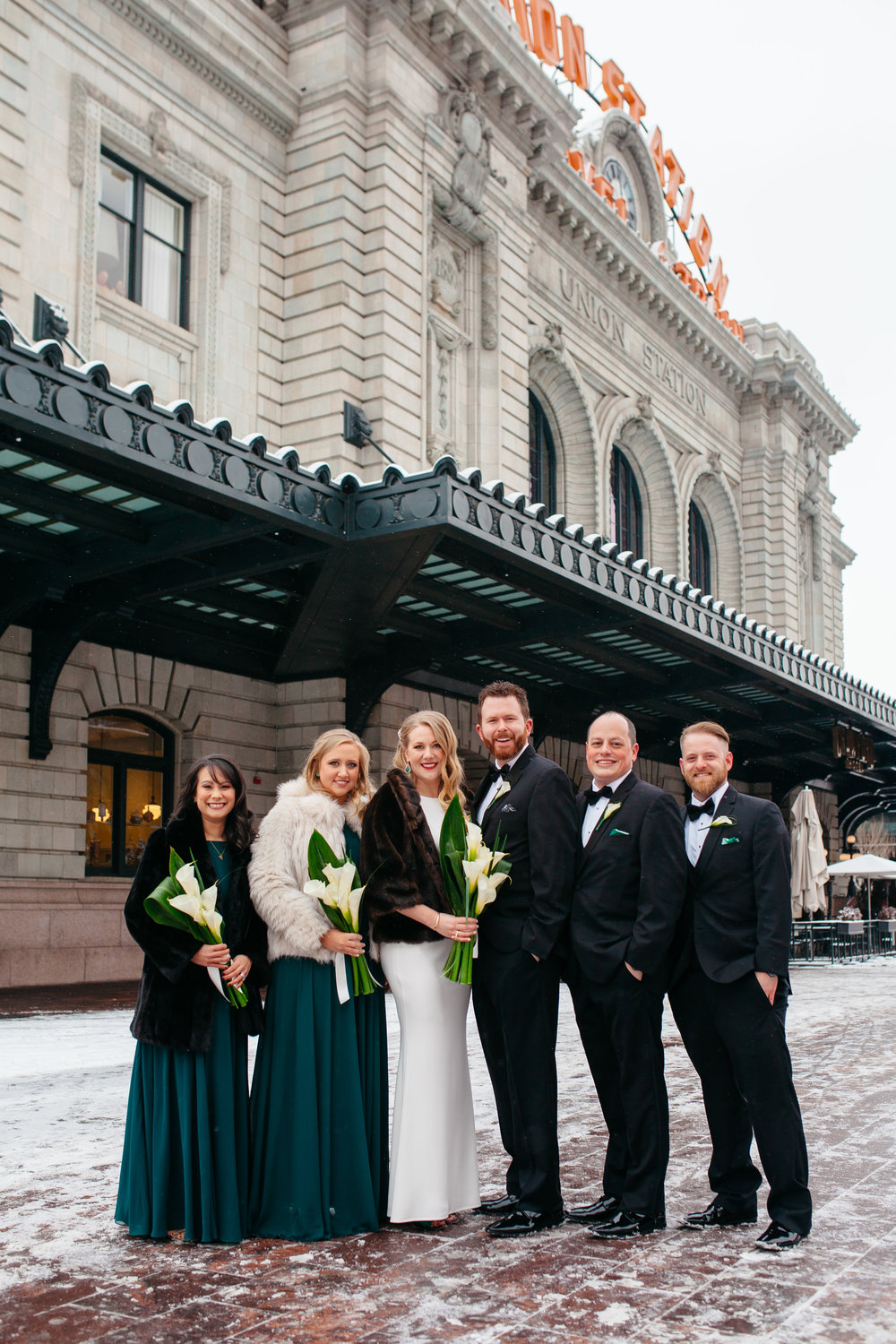 modern-colorado-denver-city-winter-wedding17.jpg