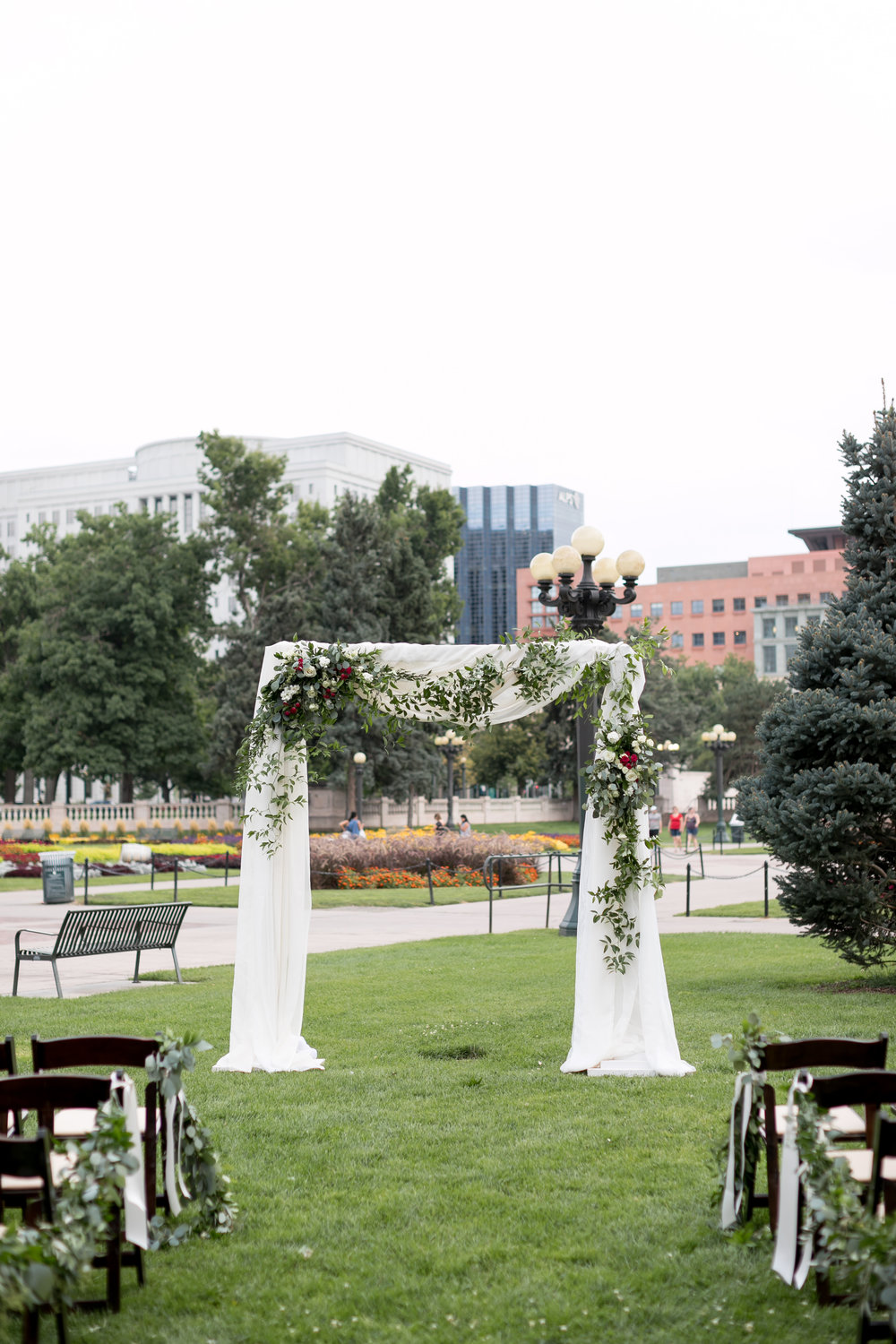 city-chic-downtown-denver-park-wedding52.jpg