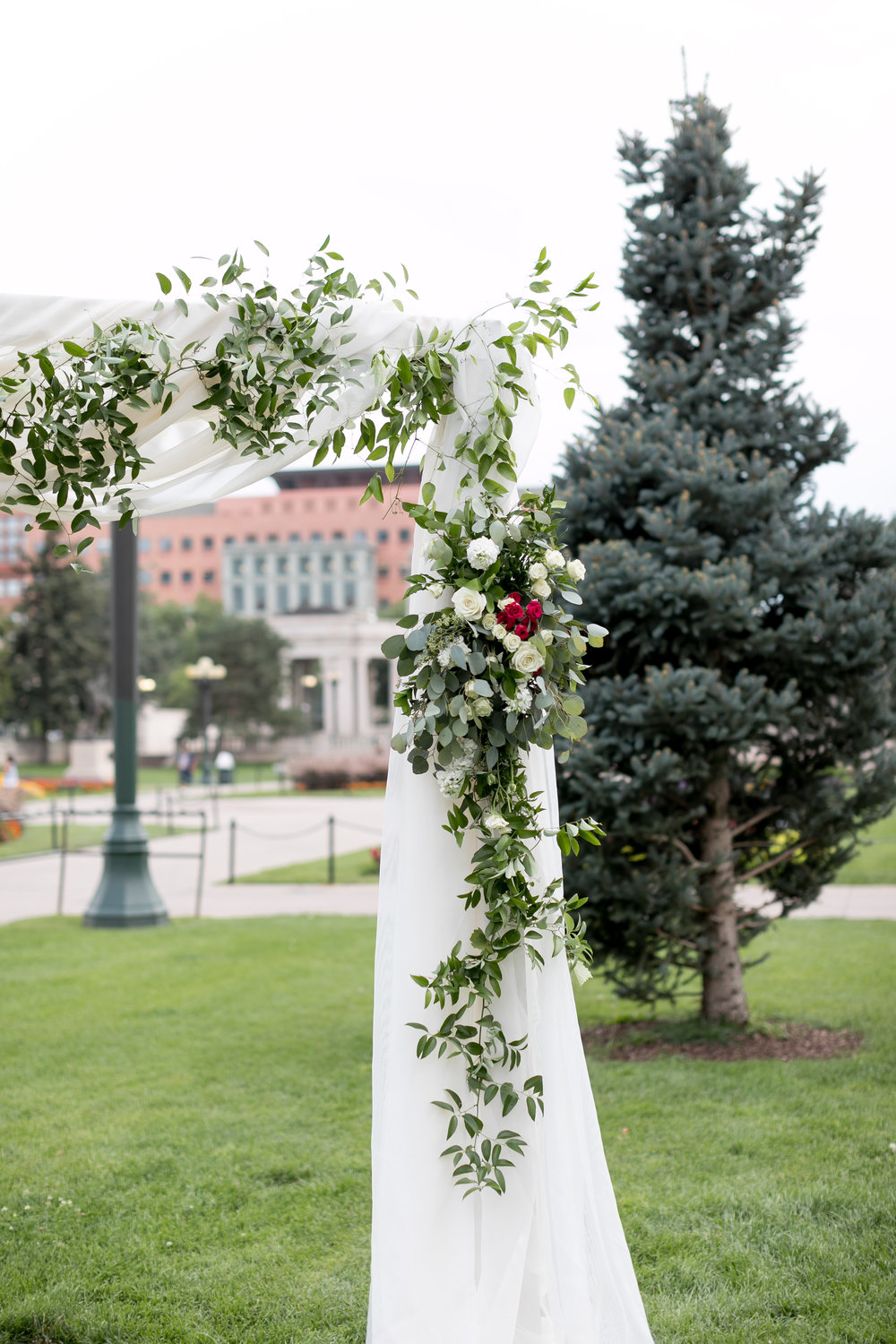 city-chic-downtown-denver-park-wedding50.jpg