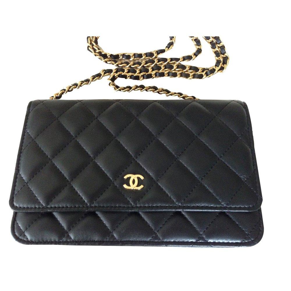 Your Guide to Buying a Chanel Bag