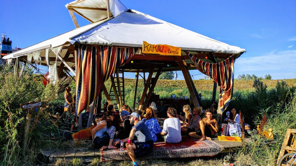 Hosting the Kakaw Temple at Landjuweel 2018. Offering a place to relax, connect to yourself, others, music and open up for adventures.