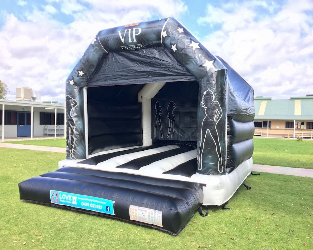Adult Bouncy Castle Hire Rockingham - Castle Size 6mL x 5mW x 4.5mHSuitable From 2 yrsCapacity – Up to 8 patrons at a timePRICESHalf Day Hire ( 10am to 2pm ) $300Full Day Hire ( 10am to 4pm ) $350Night Hire ( 4pm to 7am ) $400Prices are based on yard parties. For park set up or events please call or email for a quotation.