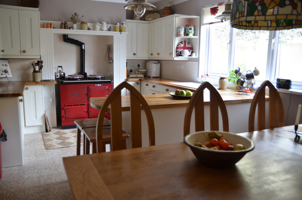 The finished kitchen and breakfast area