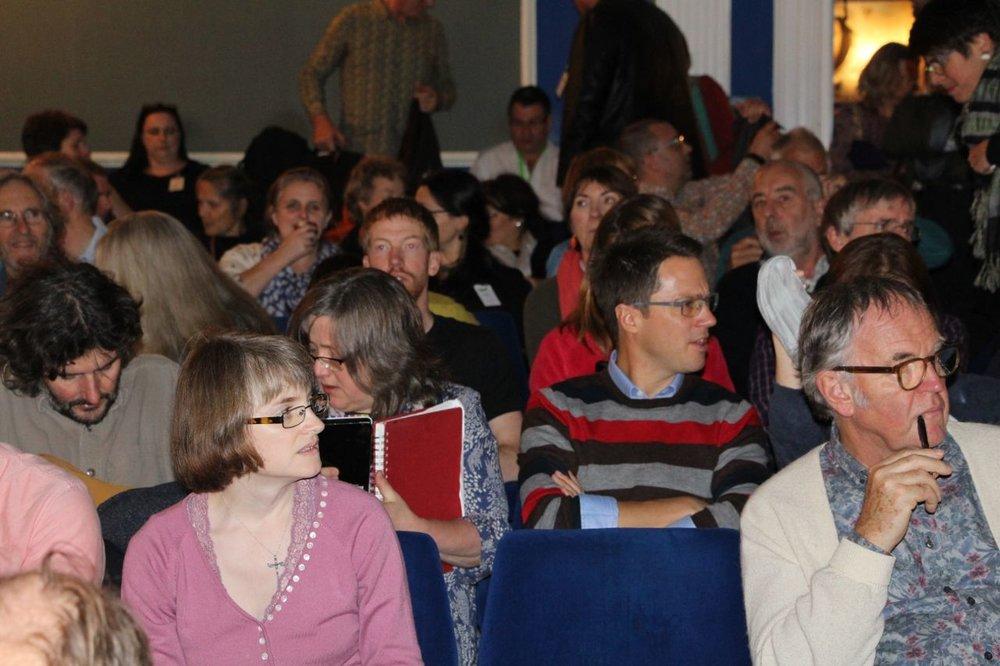 Gathering in the theatre © Tim Birkhead