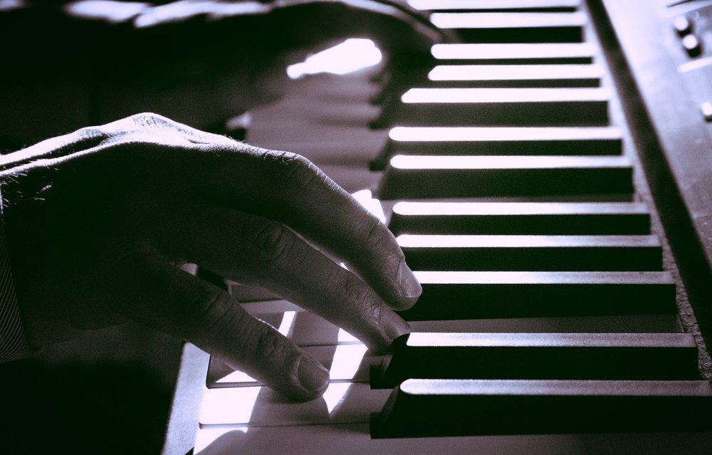 black-and-white-blur-close-up-221569.jpg