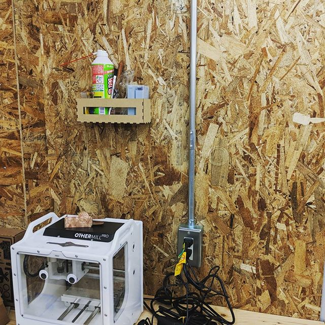 Quick 1-hour project. レーザーカッターとMDF一枚で簡単なボックスを、アイディアから完成まで1時間ぐらい。#makersmovement #lasercut #gojo